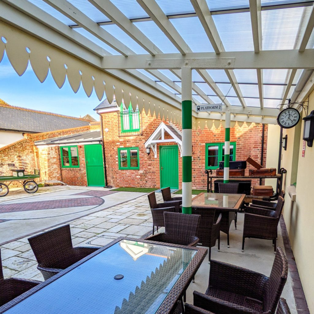 Railway Hotel Courtyard with Tables